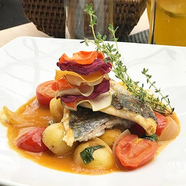 Филе белой рыбы по Лигурийски