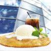 Теплый грушевый пирог с мороженым