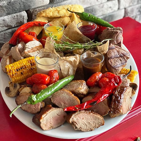 Большая мясная тарелка